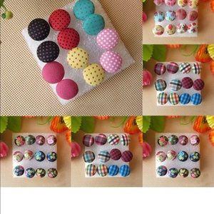 Beautiful new button earrings studs 💕